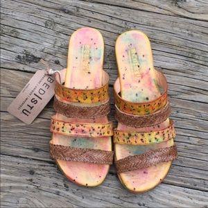 NWT Bed Stu Slip on Henna sandals size 7